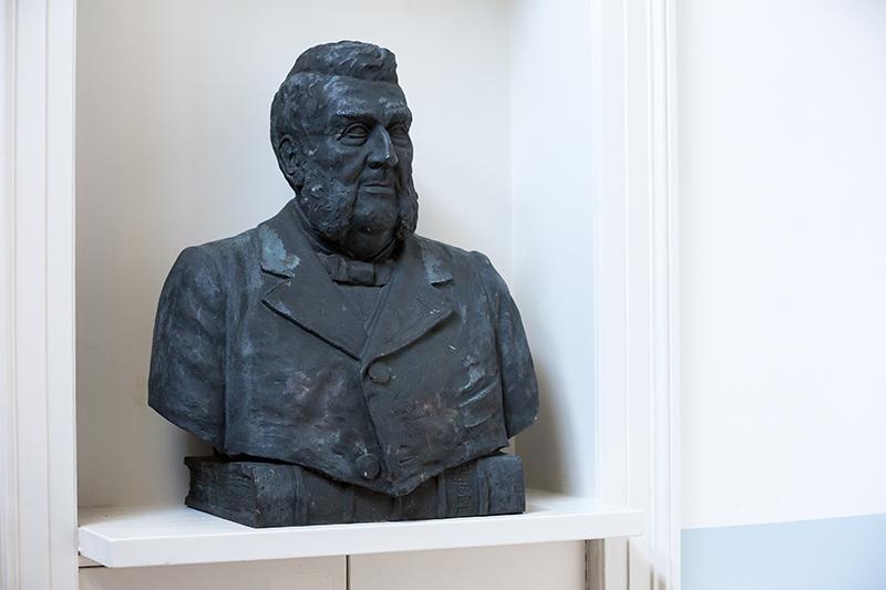 Ontdek de collectie van het Van 't Lindenhoutmuseum